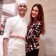 Amyra Dastur Family Husband Son Daughter Father Mother Age Height Biography Profile Wedding Photos