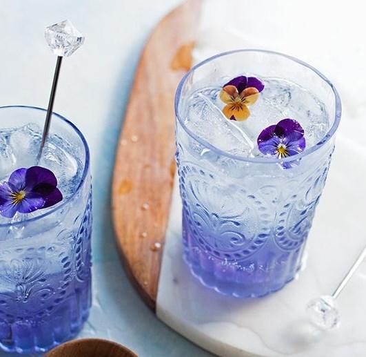 FLEUR COLLINS COCKTAIL #drinks #summerdrink