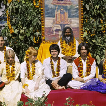 The Beatles, Maharishi, dan Sexy Sadie