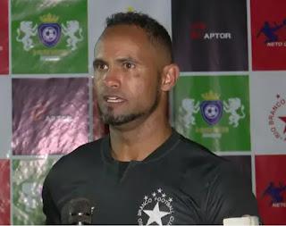 Rio Branco  contratar Bruno  e conversa com atacante ex-Botafogo
