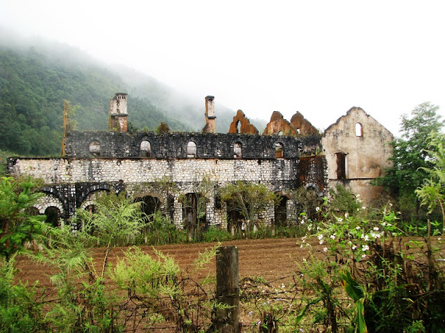 Surprised by the mesmerizing beauty of the ancient monastery in Sapa