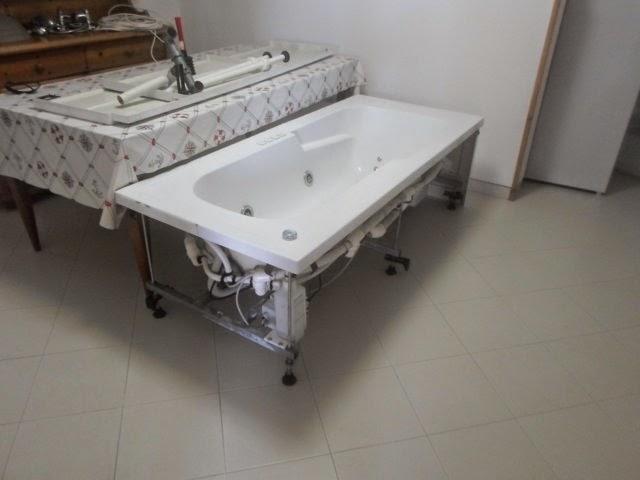 Eolie news vendesi vasca da bagno con idromassaggio jacuzzi e