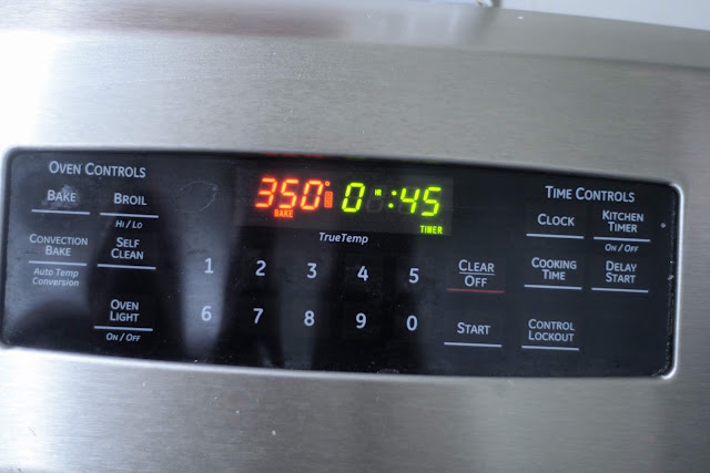 A picture of the temperature and timer on the stove for the corn casserole.