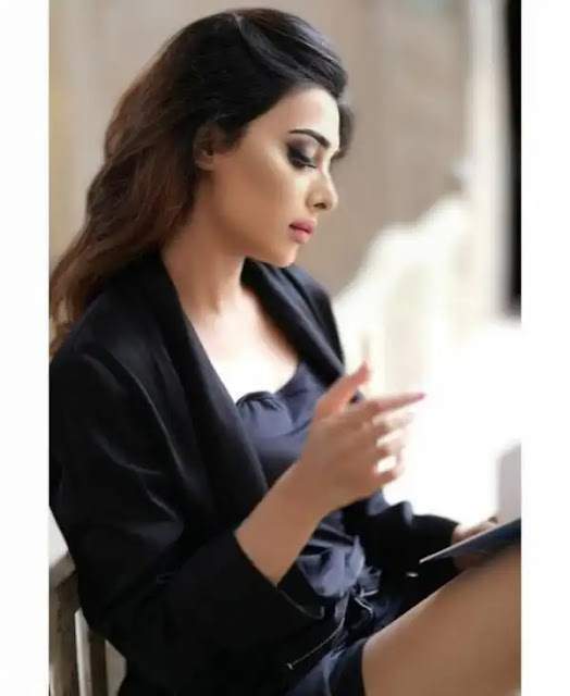 Eshal Fayyaz Photos