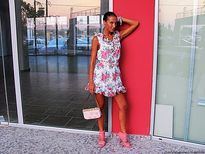 white floral mini dress with ruffles, white purse, coral pink sandals