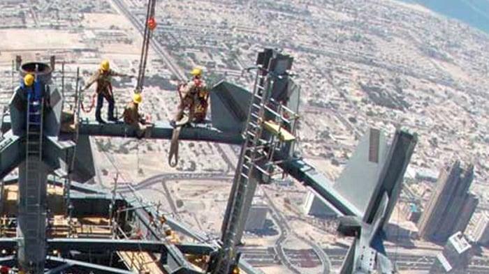 bekerja di ketinggian ppt, bekerja di ketinggian pdf, bekerja di ketinggian adalah, bekerja di ketinggian k3, bekerja di ketinggian peraturan, bekerja di ketinggian depnaker, prosedur bekerja di ketinggian, permit bekerja di ketinggian, panduan bekerja di ketinggian