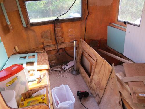interior fiberglass trailer pulled apart