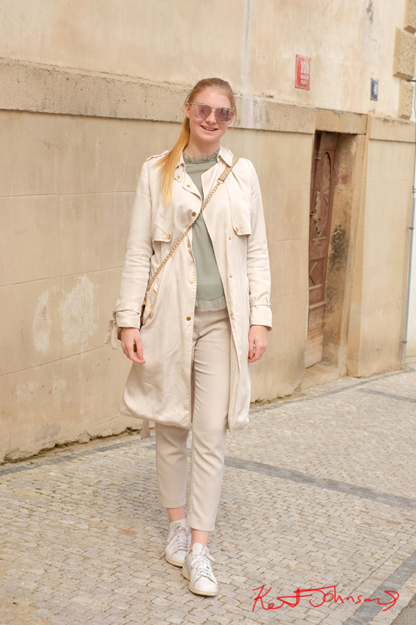 Style report Europe - Beige on White, womens fashion on Street Fashion Prague. Photography by Kent Johnson.