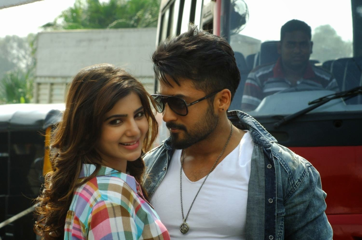 Anjaan 2014 movie firstlook images photos gallery in hd actor anjaan 2014 movie firstlook images photos gallery in hd actor surya masss movie first look trailers teaser songs posters stills altavistaventures Gallery