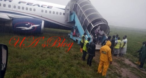 BREAKING!!! Major Disaster Averted As Air Peace Plane Overshoots Runway In Rivers