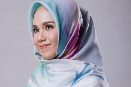 Tutorial Menggunakan Hijab Segi Empat Sederhana dan Mudah untuk Segala Kondisi
