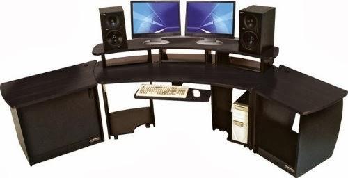 Computer Gaming Desk: Gaming Station Computer Desk