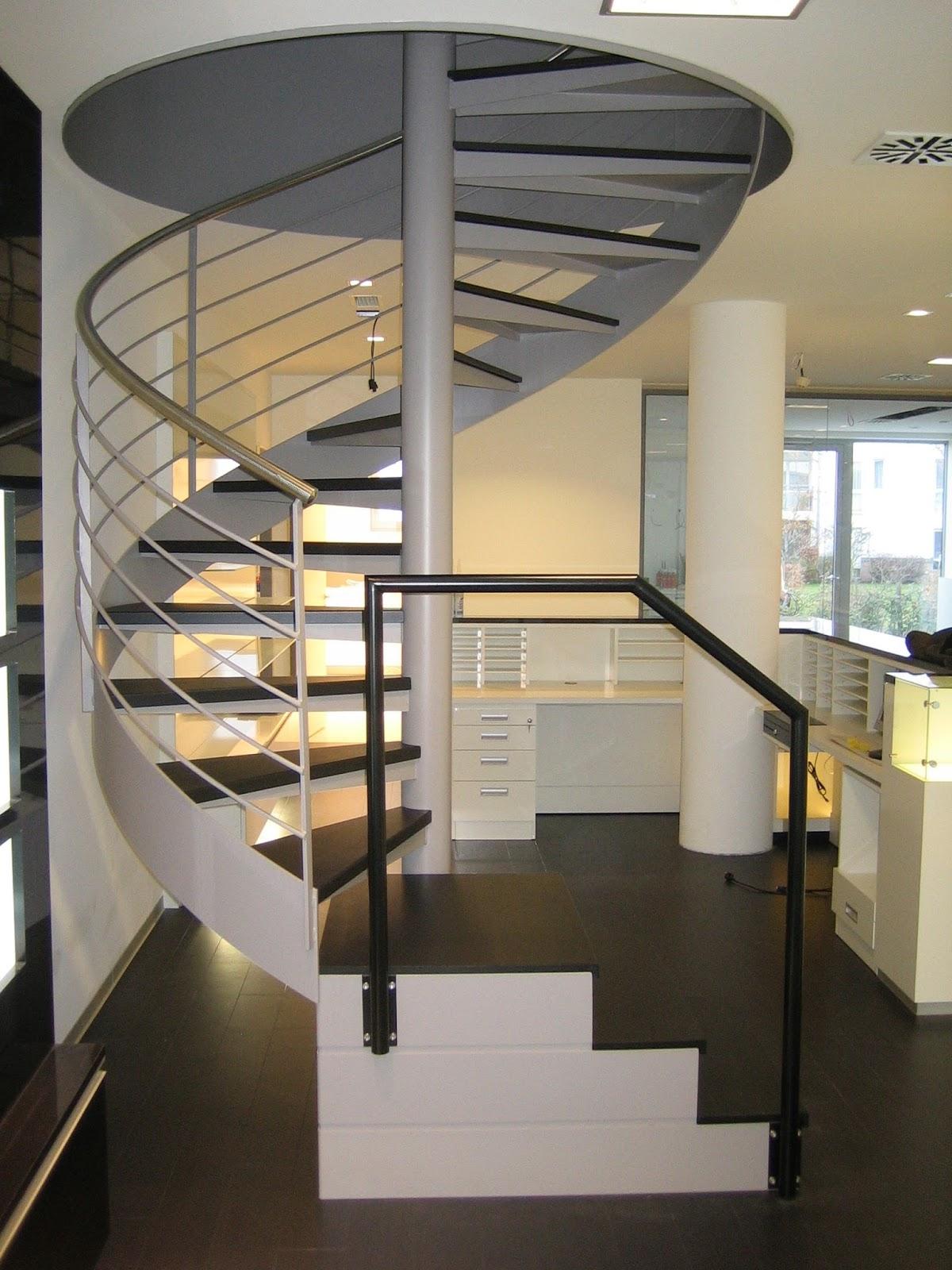 spindeltreppe innentreppe fr bel metallbau. Black Bedroom Furniture Sets. Home Design Ideas