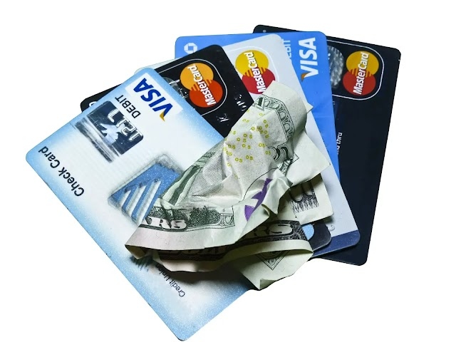 Debit card vs Credit card: difference credit card and debit card