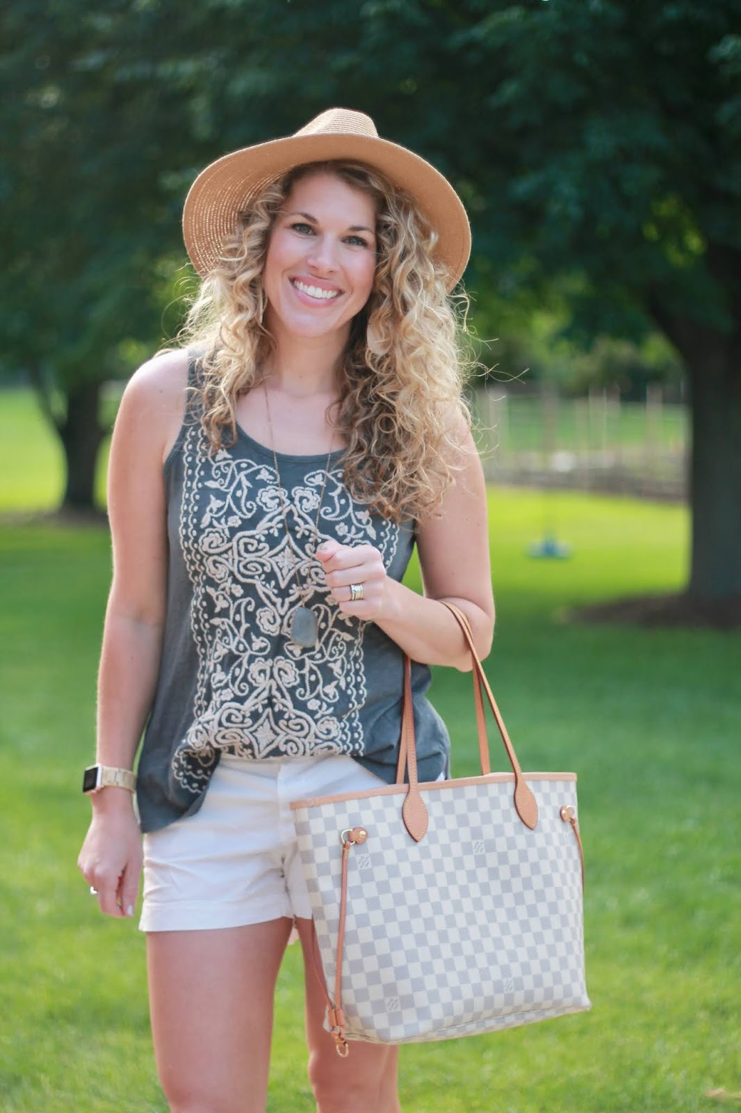 caite & kyla, grey embroidered tank, white short, summer outfit with white shorts, LV azure neverfull, snakeskin wedges