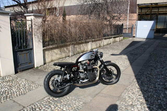 Triumph By TpR Italian Factory Hell Kustom