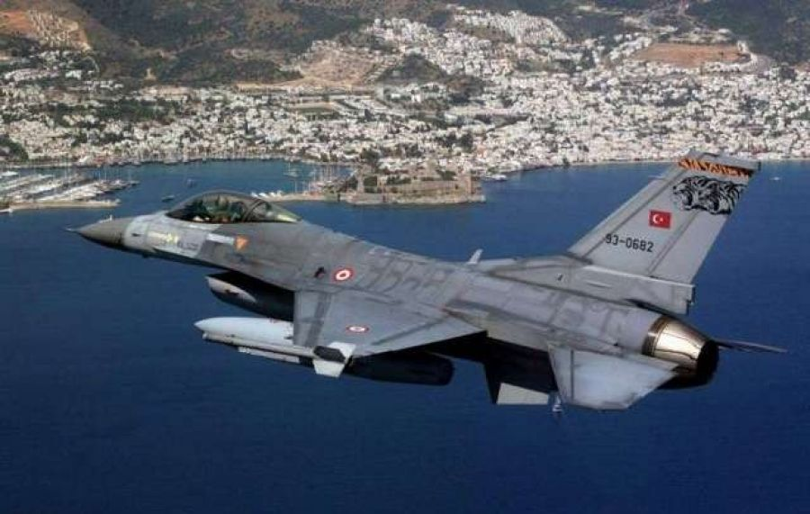 Αιγαίο: Δεκάδες παραβιάσεις και εικονικές αερομαχίες από οπλισμένα μαχητικά