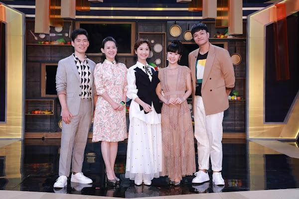 料理之王第三集 邀請到曾寶儀(左二)擔任飛行導師(東森新媒體提供)