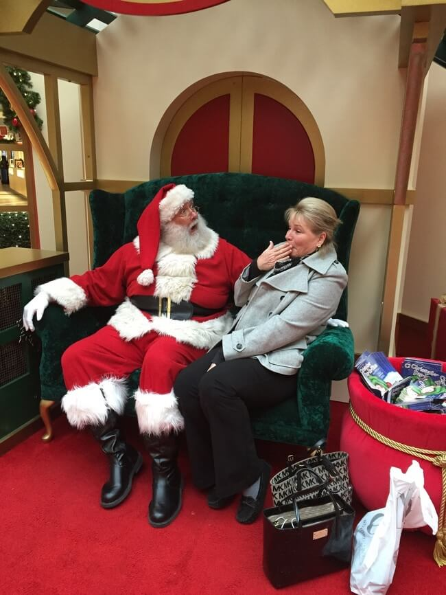 22 Photos That Utterly Capture Powerful Feelings - 'My mom used bad language in front of Santa.'