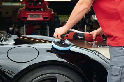 Sử dụng giấy nhám trong sơn sửa tân trang ô tô