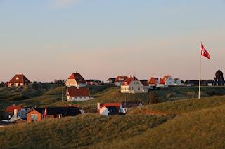 lindas casas vermelhas na dinamarca