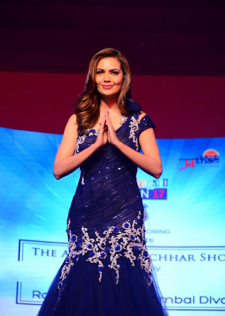 Esha Gupta in Blue Designer Gown at Grace Discon 2017 Event