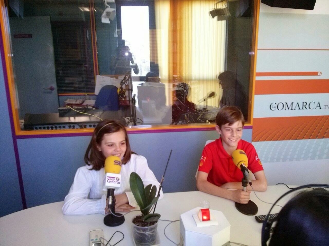 http://lacomarca.net/radio/radio-la-comarca/item/7544-hoy-es-tu-dia