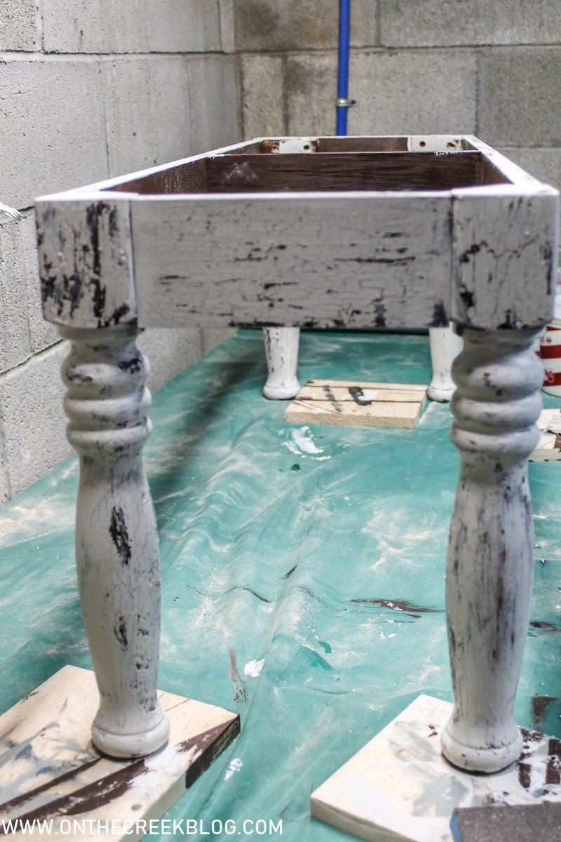 Painting our upcycled DIY dining bench using crackle glaze & custom stain!   On The Creek Blog
