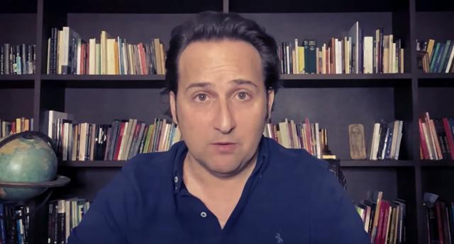 Iker Jiménez desmiente el bulo de que 'Cuarto Milenio' desaparece por sus críticas a Sánchez