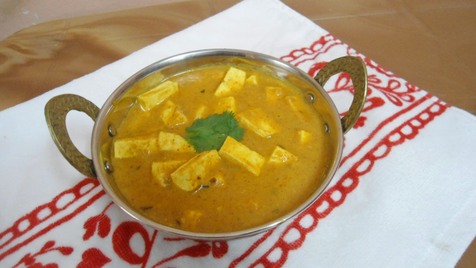 Shahi Paneer Recipe | Side dish for Roti / Naan