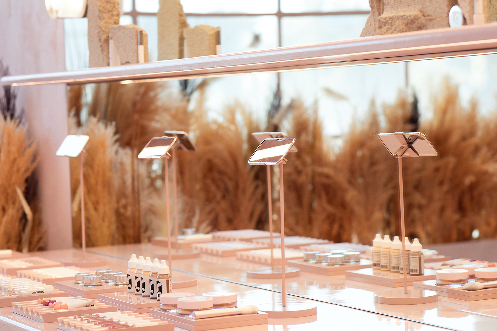 Backstage | Glossier opens first beauty boutique in L.A.