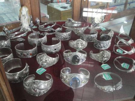 Celuk Centre Jewelry Handicrafts Gold and Silver