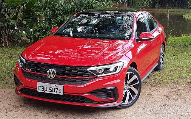 VW Jetta já vende mais em outubro que em setembro