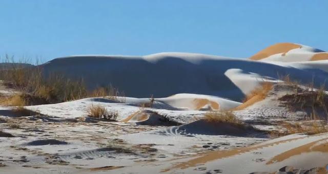 H κακοκαιρία «χτύπησε» και την έρημο Σαχάρα: Αμμόλοφοι με χιόνια και στους -3 ο υδράργυρος (pics, vids)
