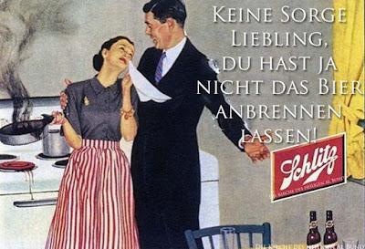 Lustige Spaßbilder mit Text - Hausfrau in Küche lässt Essen anbrennen