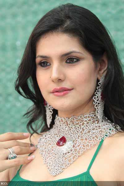 Zarine Khan Naked Photo