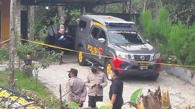 Tangis Istri Muda Yosef, Tertekan hingga Bersumpah Tak Terlibat Pembunuhan Ibu & Anak di Subang
