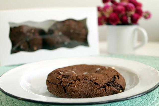 Cookies de chocolate rellenas de dulce de leche