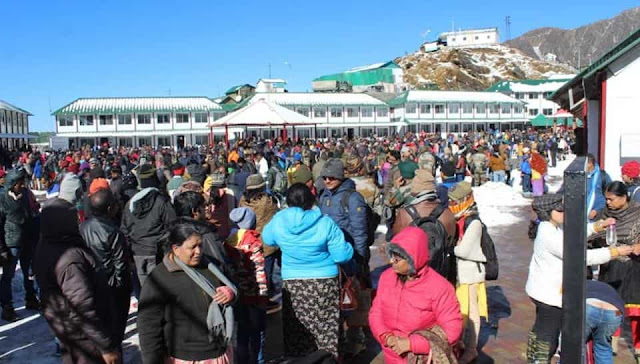Tourists rescue by Army in Sikkim