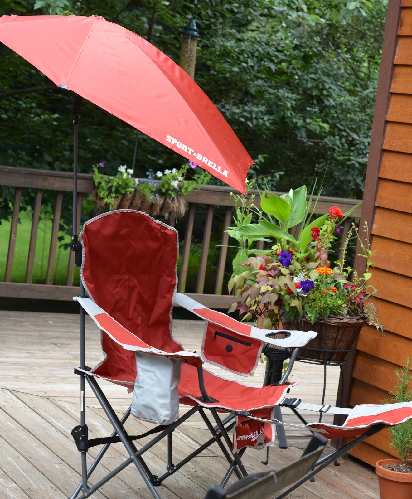 From My Hearth To Yours Sport Brella Recliner Chair
