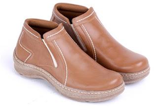 sepatu kerja lapangan,supliyer sepatu kerja bandung,grosir sepatu kerja murah bandung,sepatu boots pria untuk kerja, gambar sepatu kerja model boots,sepatu kerja tanpa tali 2016
