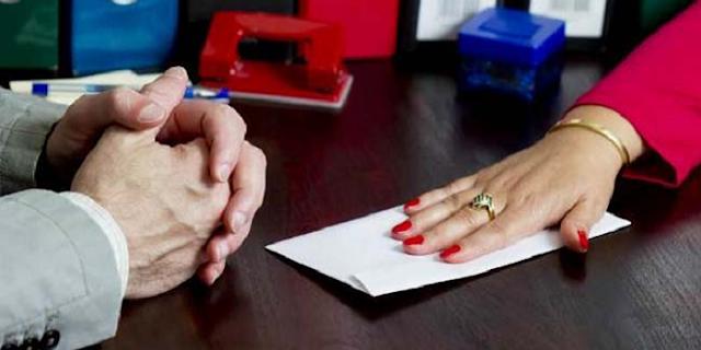 महिला पटवारी के खिलाफ वॉइस रिकॉर्डिंग के आधार पर भ्रष्टाचार का मामला दर्ज: INDORE NEWS