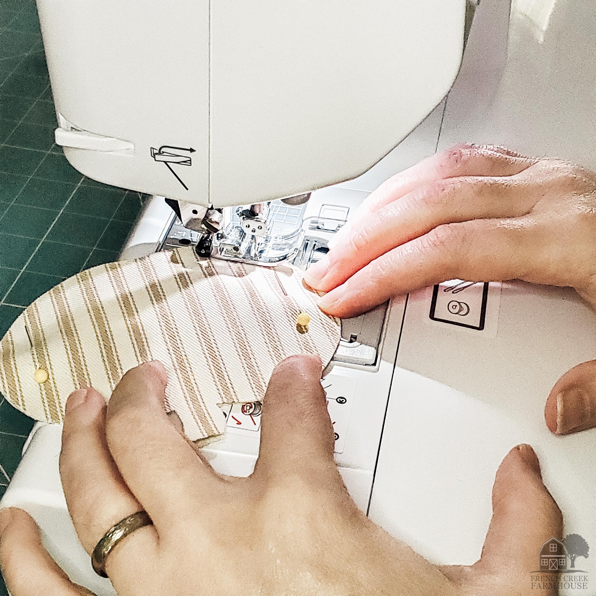 Top-stitching around the edges
