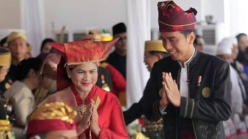 Survei Indikator: 97,2 Persen Orang Minang Tidak Puas Kinerja Pemerintah Jokowi