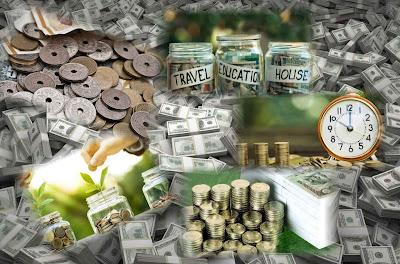 Sejarah uang memang dimulai dengan barter, kemudian uang komoditi dan dalam perkembangnya kebanyakan alat transaksi dilakukan dengan menggunakan uang kertas, cek bahkan sampai uang plastik.
