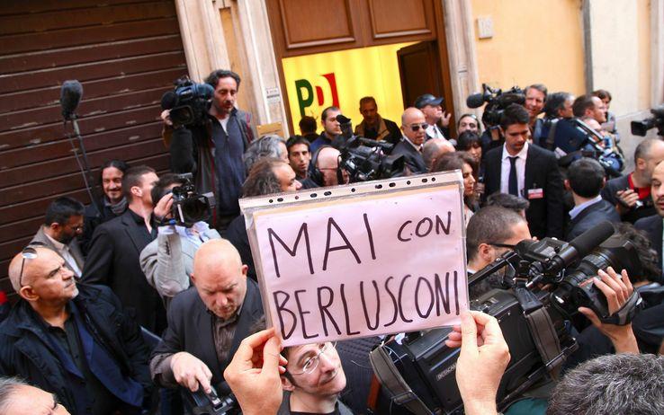 LE NOTIZIE DEL GIORNO. Legge elettorale, il Pd oggi vota sull'accordo Renzi-Berlusconi. Grillo all'attacco: allucinante l'intesa con un pregiudicato. Occupazione, in Italia il triplo dei giovani scoraggiati rispetto all'Ue