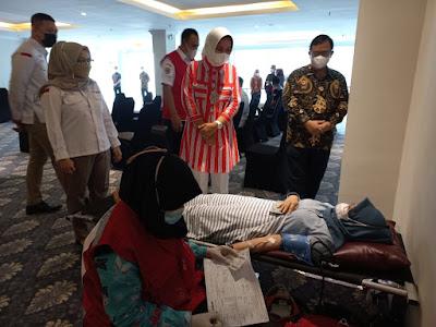 Ketua PMI Provinsi Lampung Tinjau Kegiatan Donor Darah Di Swiss-Belhotel
