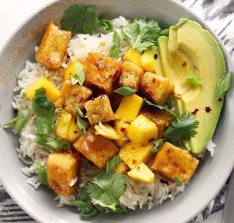 MANGO COCONUT TOFU BOWLS #vegetariandinner #glutenfree