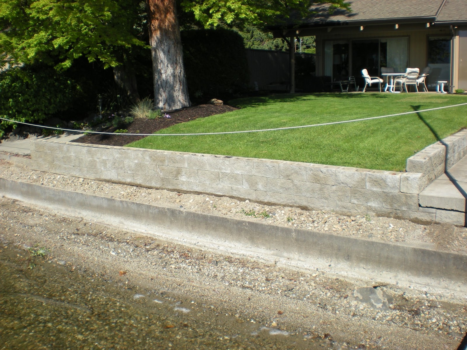 MODE CONCRETE: Acid Stain your Concrete Block Retaining ...