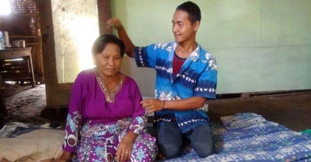 Kisah Pemuda 24 Tahun di Madiun yang Menikah dengan Nenek 67 Tahun